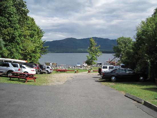 Flamingo Resort on Lake George照片