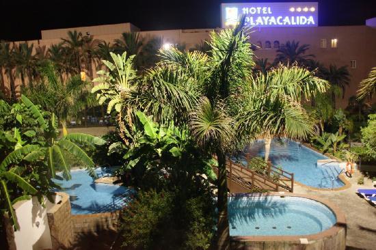 Playacalida Spa Hotel: piscina  interior río rápido