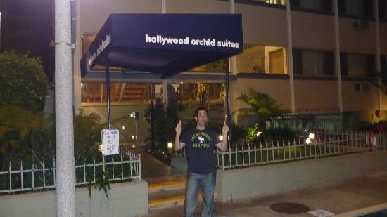 Hollywood Orchid Suites: el frente del hotel