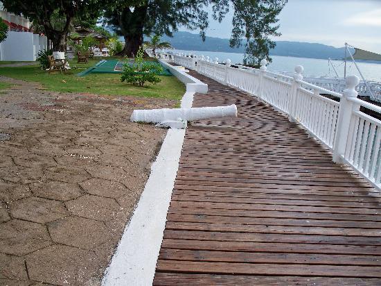 Royal Decameron Montego Beach: The Cannon