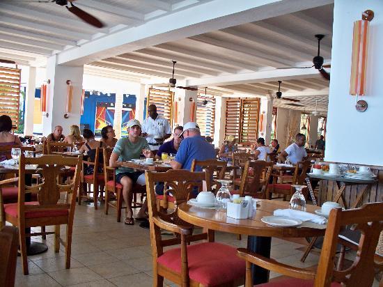 Royal Decameron Montego Beach: The Buffet