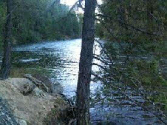 Suncadia Resort: River view after taking the trail
