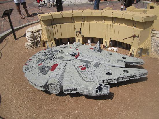 LEGOLAND California: Star Wars - Millenium Falcon at Miniland