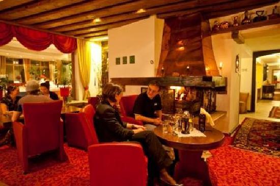 Schlosshotel Seewirt : Bar