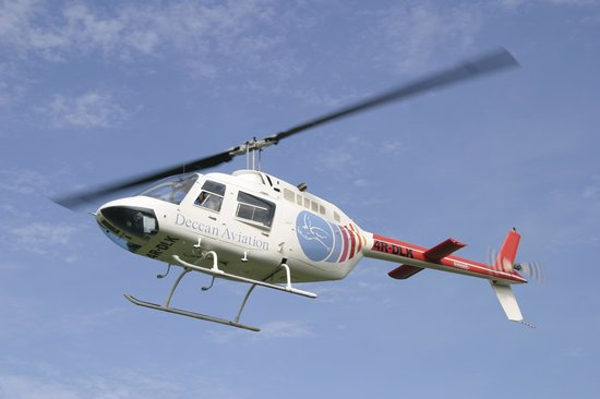 Deccan Aviation Lanka : Our rotor wing aircraft the Bell 206 B3 Jetranger 4R-DLK