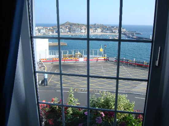 The Rookery Guest House St. Ives: View from room window 2