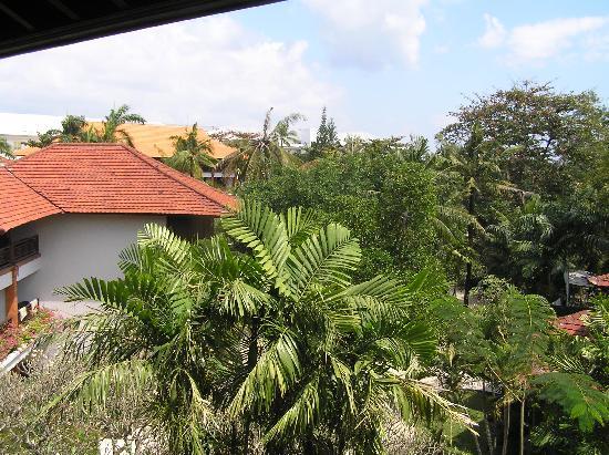 บาหลี การ์เด้น บีช รีสอร์ท: view from our room