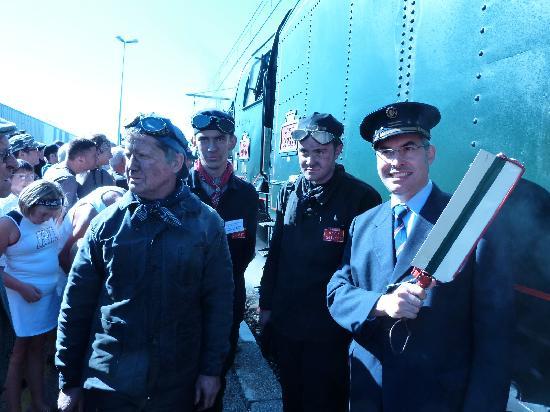 Train des Combes - 241P17: En gare de bourg en Bresse