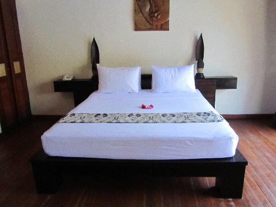 Luce d'Alma Resort & Spa: camera da letto