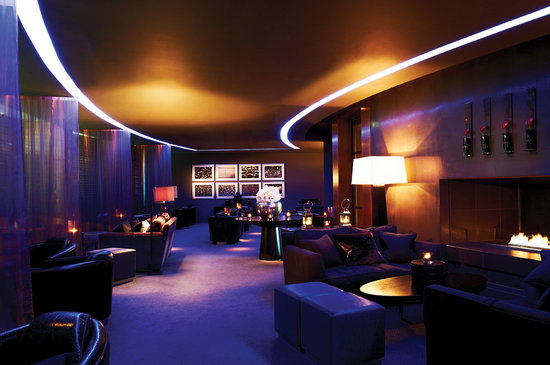Farnborough, UK : Sky Bar