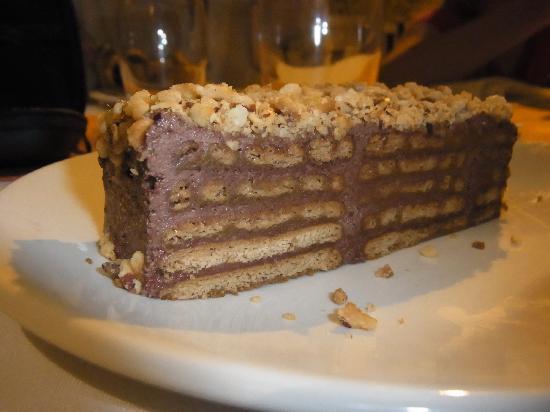 Lulu Restaurant: Mama's cake- gorgeous!