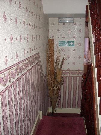 Sandown Guest House: Corridor