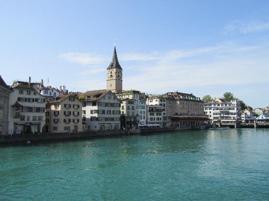 Sheraton Zurich Neues Schloss Hotel: old town