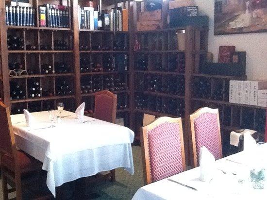Photo of Italian Restaurant Il Sorriso at Gotthardstr. 8, Munich 80686, Germany