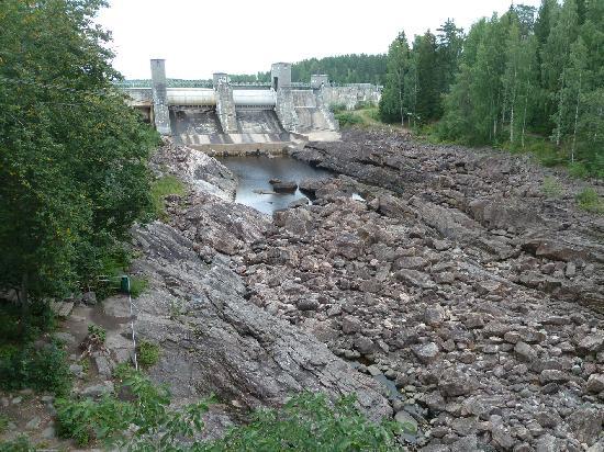 Imatra Waterfall: Der Imatra Staudamm
