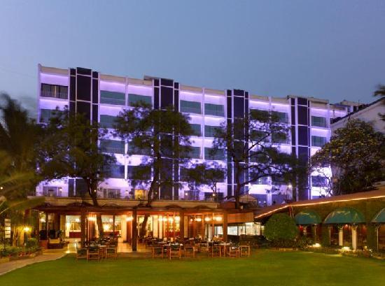 Kenilworth Hotel, Kolkata: Facade - main building