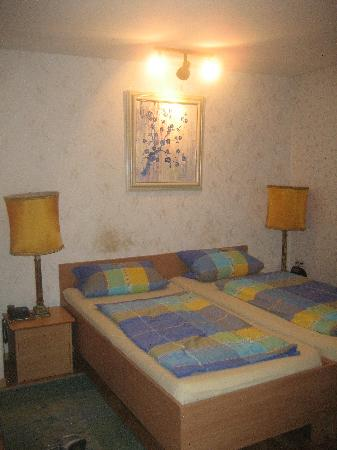 Hotel Garni Rodenbach: Loved the color scheme!