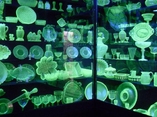 Golden Pioneer Museum: Huge collection of Vaseline glass under black lights.
