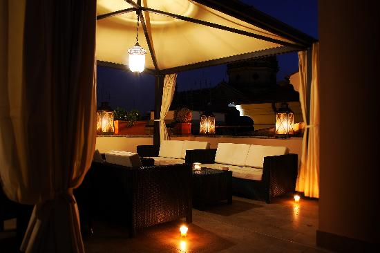 Hotel Beldes: Roof garden