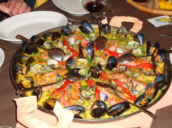 Castiglione del Lago, อิตาลี: La paella