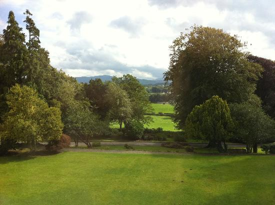 Broughton Craggs Hotel: Hotel grounds 2