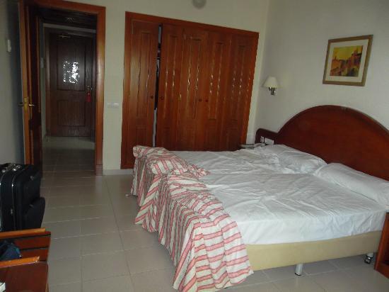 ClubHotel Riu Costa del Sol: la habitacion