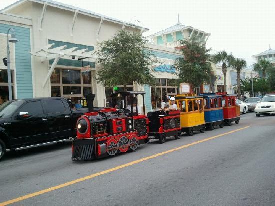 Pier Park : train for the kids