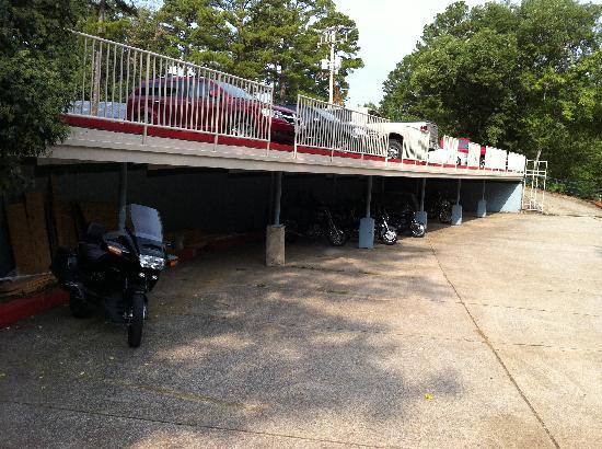1876 Inn & Restaurant : Maintenance materials stored in covered parking.