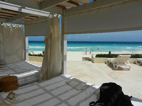 Live Aqua Cancun All Inclusive : Cabana View