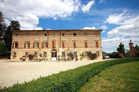 Montechiaro Estates & Wine Experience