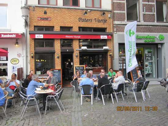 Photo of Belgian Restaurant Paters Vaetje at Blauwmoezelstraat 1, Antwerp 2000, Belgium