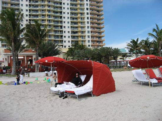 Acqualina Resort & Spa on the Beach: on beach with hotel in the background