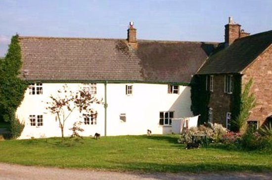 Pen-Y-Dre Farm Holidays: Farmhouse