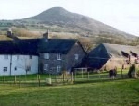 Pen-Y-Dre Farm Holidays: Cottages