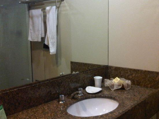 Windsor Florida Hotel: quarto 528 - banheiro