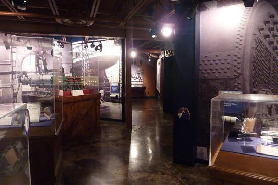 Titanic Museum: Exhibit room