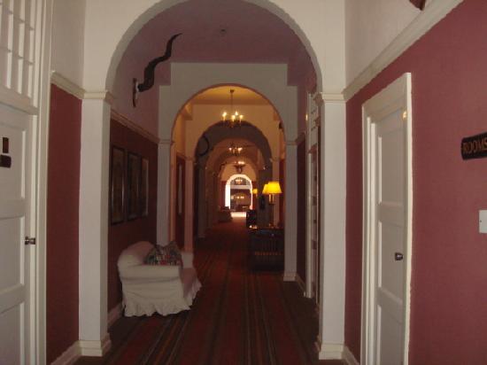The Victoria Falls Hotel: hallways with historic photos