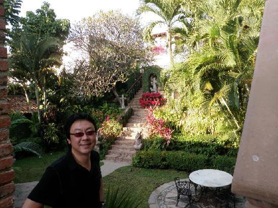 Hacienda San Angel : Overlooking the inner court yard...