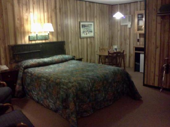 Auburn, Мэн: Room #1