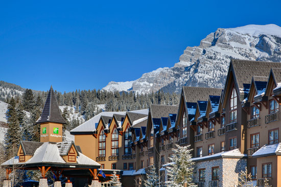 Holiday Inn Canmore: Nestled in the Beautiful Rocky Mountains