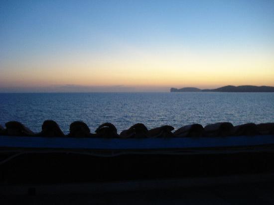 La Posada sul Golfo: Sunset from the terrace