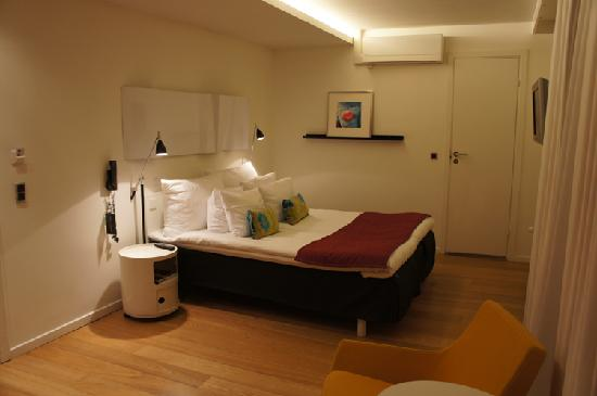 Comfy picture of first hotel twentyseven copenhagen for Comfy hotels resorts