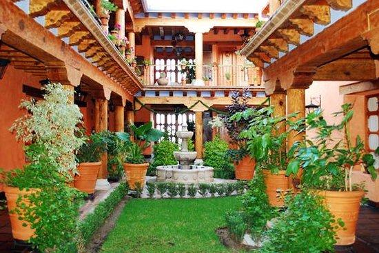 Hotel Pueblo Magico: Jardin