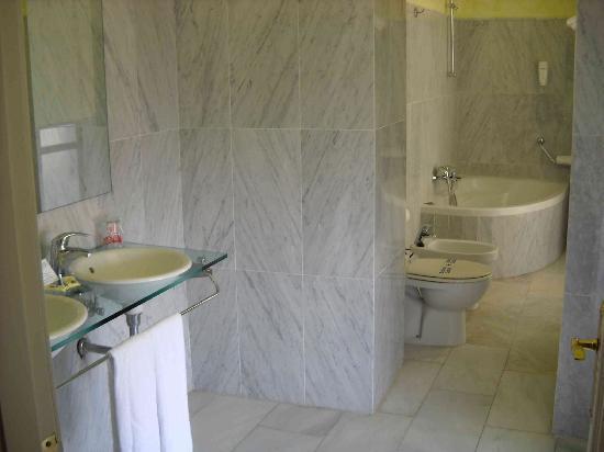 Palacete Mirador: Il bagno
