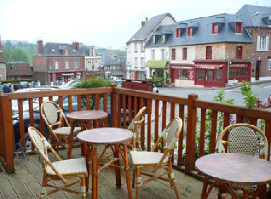 Cambremer, Frankreich: La terrasse extérieure