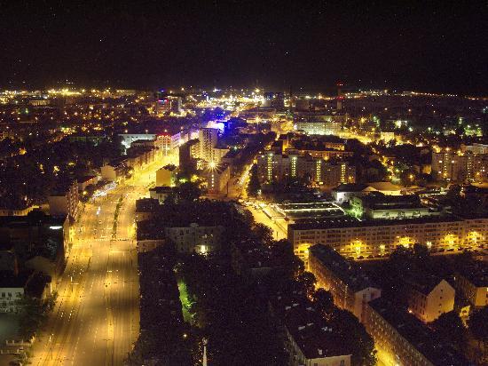 Swissotel Tallinn: Night view from our room