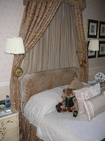 Colindale Guest House : Superior room at Colindale