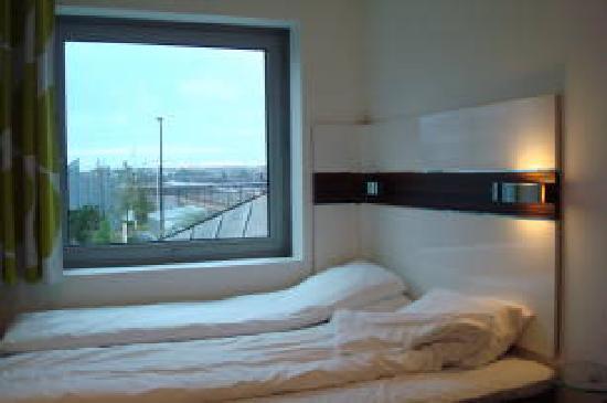 เวคอัพ โคเปนเฮเก้น โฮเต็ล: Hotel Room