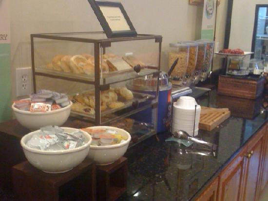 Country Inn & Suites By Carlson, Fairburn: part of breakfast setup!Also had waffles, eggs, hashbrowns, biscuits & gravy