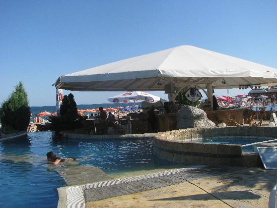 Morsko Oko Garden: pool